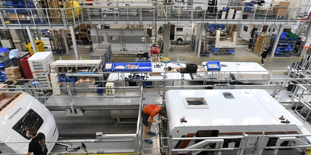 Zone euro: la production industrielle progresse plus que prevu en juillet[reuters.com]
