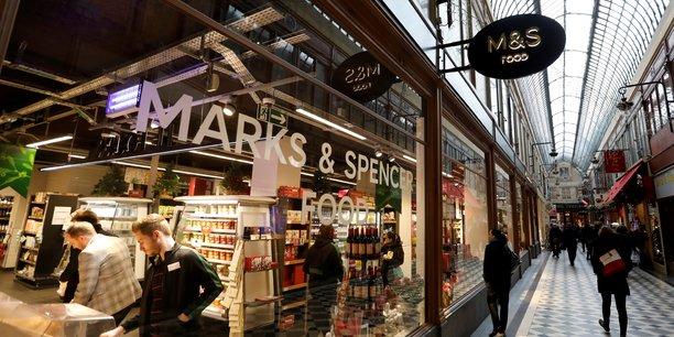 Marks & spencer annonce la fermeture prochaine de 11 magasins en france[reuters.com]