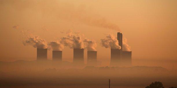Les objectifs climatiques risquent d'etre manques, malgre la baisse temporaire des emissions liee au covid-19, dit l'onu[reuters.com]