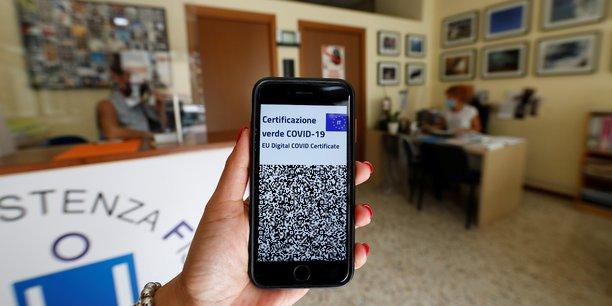 L'italie s'apprete a rendre obligatoire le pass sanitaire en entreprise[reuters.com]