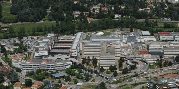 Au moins deux bonnes nouvelles financières devraient permettre d'éclaircir l'horizon du CHU de Saint-Etienne, qui porte par ailleurs un projet phare : celui d'une refonte totale du pôle mère/enfant, avec l'ambition de regrouper, dans un seul bâtiment, l'ensemble de son plateau technique.