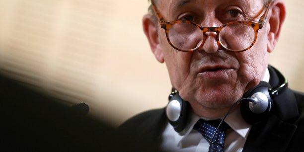 Le rappel des ambassadeurs aux etats-unis et en australie montre la force de la crise, declare le drian[reuters.com]