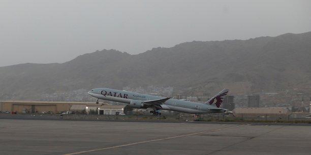 Nouvel vol d'evacuation d'afghanistan vers le qatar, des francais a bord[reuters.com]