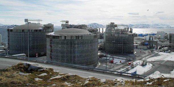 Vue du champ de gaz naturel Snøhvit exploité par la compagnie pétrolière et éolienne norvégienne Equinor (ex-Statoil) sur l'île de Melkoeya en Laponie norvégienne.