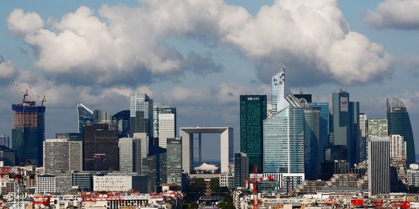 La france prevoit d'emettre a nouveau 260 milliards d'euros de dettes en 2022, annonce l'agence france tresor[reuters.com]