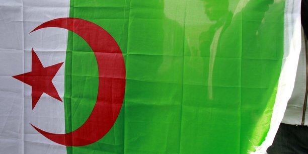 L'algerie ferme son espace aerien aux avions marocains[reuters.com]