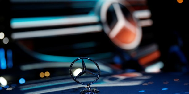 Avec l'arrivée de Mercedes-Benz, ACC accélère son développement et fait passer son objectif de capacités industrielles à 120 GWh contre 48 précédemment.