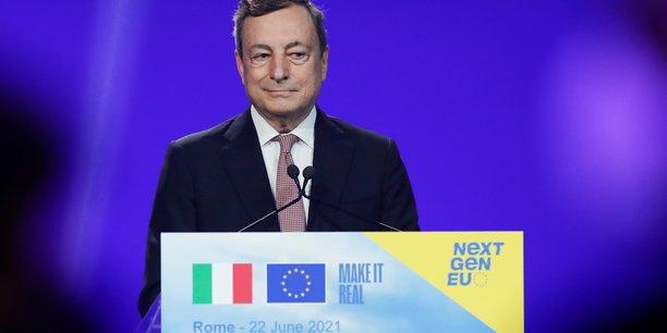 Italie: un ministre appelle draghi a devenir president et prone des elections[reuters.com]