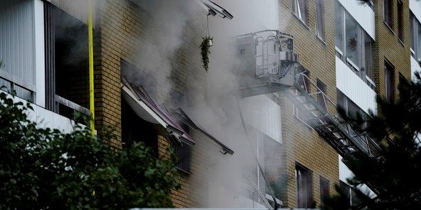 Explosion a goteborg, quatre blesses graves, la police evoque la piste criminelle[reuters.com]