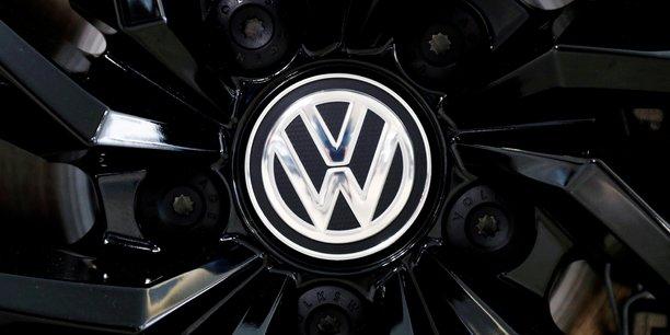 Dieselgate: bruxelles demande a volkswagen d'indemniser tous ses clients europeens[reuters.com]