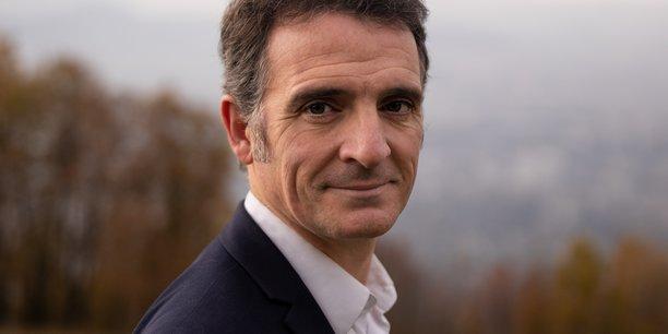 Plusieurs anciens agents territoriaux de la Ville de Grenoble ainsi que le maire EELV Grenoble, sont à nouveau convoqués devant le Tribunal de Valence pour une audience le 1er mars 2022. Au coeur du débat : la non-mise en concurrence d'un marché public concernant les premières éditions de la Fête des Tuiles.