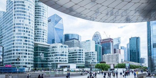 Pierre-Yves Guice, le directeur général de l'établissement public Paris La Défense, vient de dévoiler des objectifs pour construire « le premier quartier d'affaires post-carbone ».
