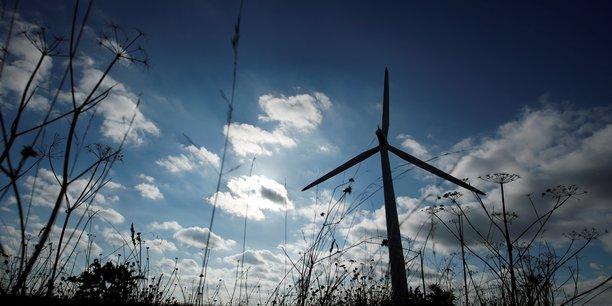 Le monde doit tripler ses investissements dans les energies propres d'ici 2030 pour enrayer le changement climatique, dit l'aie[reuters.com]