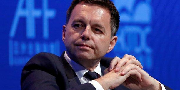Slovaquie : le gouverneur de la banque centrale mis en examen[reuters.com]