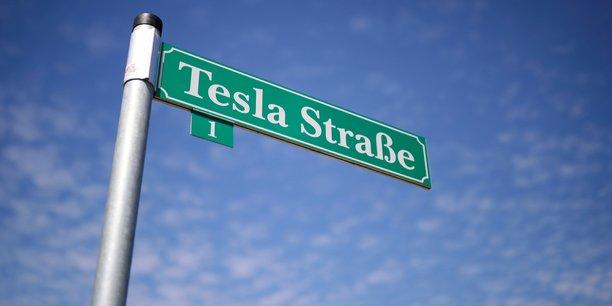 Tesla va se fournir en nickel en nouvelle-caledonie[reuters.com]