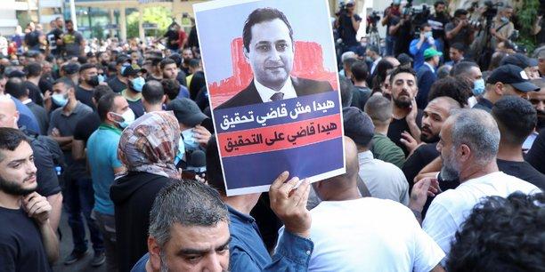 Un mort pendant une manifestation contre le juge qui enquete sur l'explosion au port de beyrouth[reuters.com]