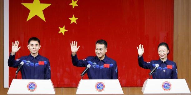Deuxieme mission vers la future station spatiale chinoise[reuters.com]