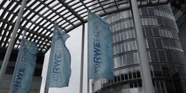 Anticipant des difficultés, l'électricien allemand RWE avait annoncé en novembre dernier 7.000 suppressions d'emplois.