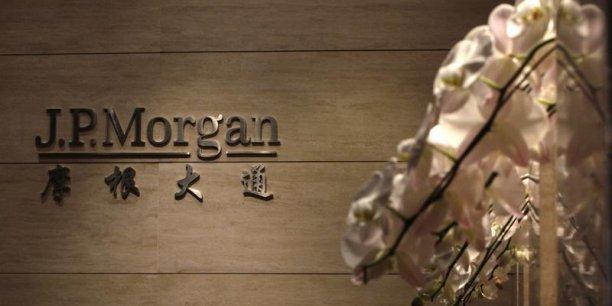 Fang Fang occupait jusqu'ici les fonctions de responsable de la banque d'investissement en Chine et de vice-président de la banque d'investissement en Asie. Il aurait fait part de son désir de partir en retraite, écrit le WSJ citant des sources proches du dossier. Une annonce en interne devrait intervenir lundi.