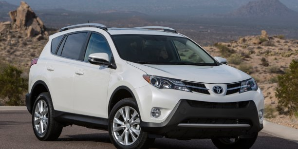Buying a Pre-Owned Certified Dollar Rent A Car Makes Sense!