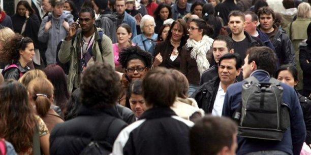 Depuis le mois d'août, le nombre de Français qui se disent optimistes a chuté de 14 points. Seul un Français sur trois a confiance dans l'avenir. (Photo : Reuters)