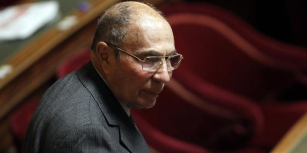 Une semaine après la levée de son immunité parlementaire, le sénateur UMP Serge Dassault a été placé en garde à vue les 19 et 20 février. (Photo : Reuters)