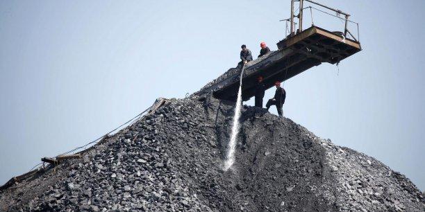 Additionnés, le lignite et la houille restent cependant en première position en tant que source d'électricité, avec 43,6% du courant allemand qui en provient.