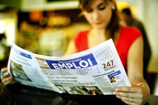 Plus de la moitié des jeunes actifs français sont en CDD ou en intérim, selon une étude BVA pour la Caisse d'Epargne. REUTERS.