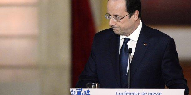 Hollande a séduit la tête de son parti et s'est attiré les encouragements du centre. Mais les critiques ont plu à l'extrême gauche, à droite et à l'extrême droite. (Photo : Reuters)