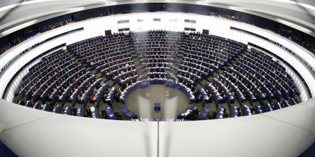 Le Parlement européen estime que la situation actuelle requiert du Conseil, qui représente les Etats, qu'il renforce la deuxième phase des sanctions et se prépare à lancer la troisième phase des sanctions (économiques), qui doit être enclenchée immédiatement. (Photo : Reuters)