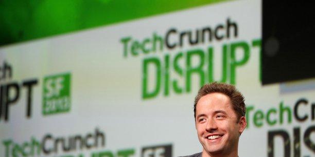 En ce qui concerne l'entrée en Bourse de Dropbox, le PDG Drew Houston a déclaré récemment qu'il l'envisagerait un jour, mais que pour le moment, il était surtout focalisé sur le recrutement et la mise au point de l'offre future de Dropbox