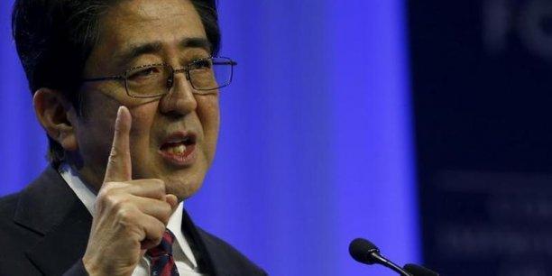 Le Premier ministre Shinzo Abe va lever l'embargo sur les exportations d'armes japonaises