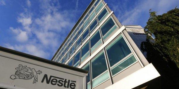 En cachant cela au public, Nestlé a de fait conduit des millions de consommateurs à soutenir et encourager l'esclavage dans des prisons flottantes, précise le cabinet américain qui a déposé la plainte contre le géant de l'agroalilmentaire.