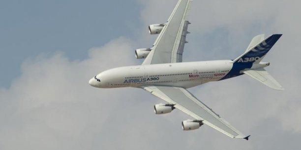 Airbus propose de remotoriser l'A380 avec un dérivé des moteurs Rolls Royce Trent XWB installés aujourd'hui sur l'A350-900.