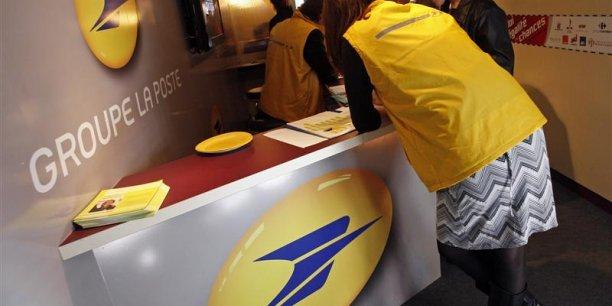 En 2013, la baisse des volumes de courrier de la Poste, liée principalement à la dématérialisation, a été de 5,5%.