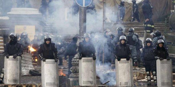 Avant les nouveaux affrontements survenus jeudi, le ministère de la Santé a annoncé un bilan de 28 morts depuis les violences de mardi. (Reuters/Vasily Fedosenko)