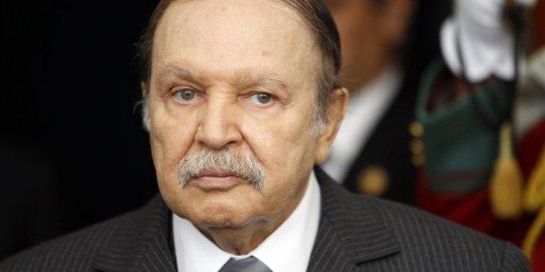 Bouteflika devrait se présenter dimanche au ministère de l'Intérieur pour retirer son dossier de candidature. (Photo : Reuters)
