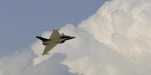 Dassault Aviation pourrait signer un contrat en mars 2015 en Inde