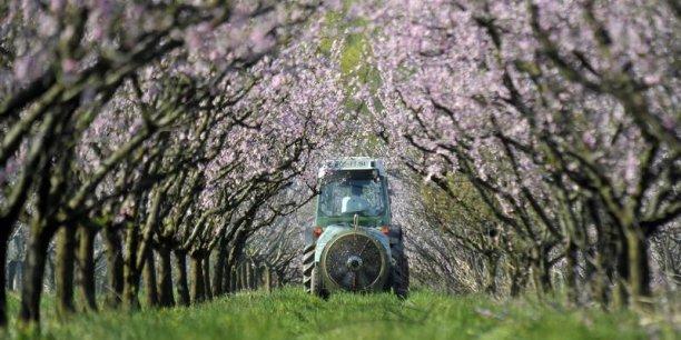 Le ministère lance en 2017 une expérimentation d'un dispositif de conseil indépendant aux agriculteurs pour l'utilisation des produits phytosanitaires.