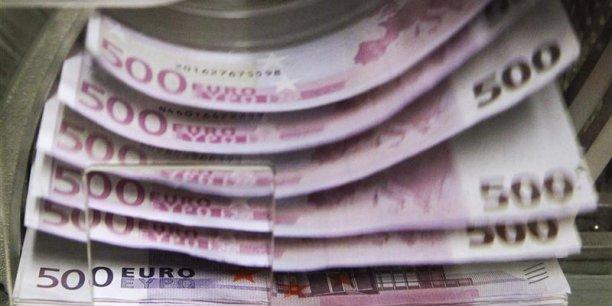 Les Français disposant de plus d'un million d'euros d'actifs financiers ont vu leur patrimoine progresser de 3,5% par an de 2007 à 2011 (dernières données disponibles), à 389 milliards d'euros au total, selon le BCG. REUTERS. .