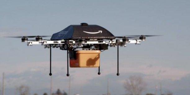 Le projet rappelle celui du PDG d'Amazon, qui souhaite mettre en place une flottille de drones pour livrer les colis à ses millions de clients.