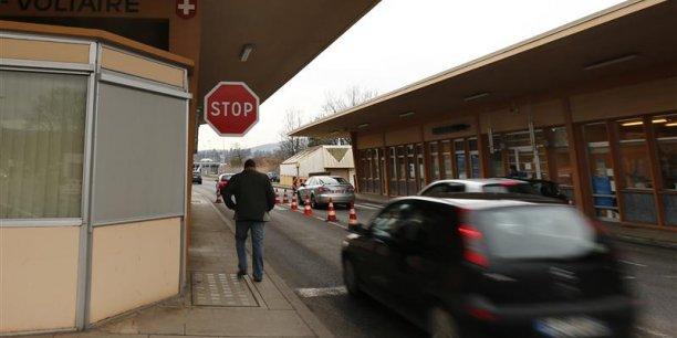 La Suisse est priée de devenir plus coopérative dans la lutte contre la fraude fiscale
