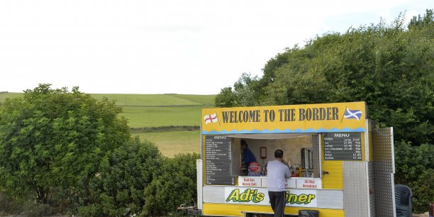 Un camion à nourriture à la frontière anglo-écossaise. L'Ecosse indépendante pourrait continuer d'user de la livre sterling.