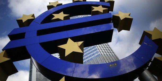 Face à l'endettement croissant des entreprises et à une dégradation de la qualité des créances, le FMI tire la sonnette d'alarme.