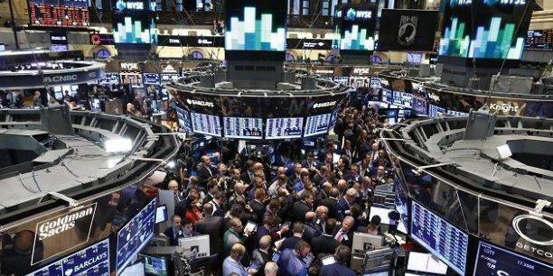 L'entrée d'Apple au Dow Jones a été possible après que la firme a divisé par sept le nominal de son action.