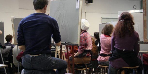 cours de modèle vivant à l'Ecole Emile Cohl