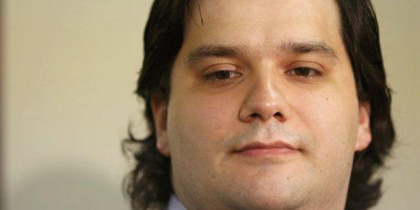 En juillet 2013, Mark Karpelès a notamment été condamné par le tribunal civil de Tokyo pour ne pas avoir honoré un contrat, et a dû à ce titre rembourser plusieurs milliers d'euros.