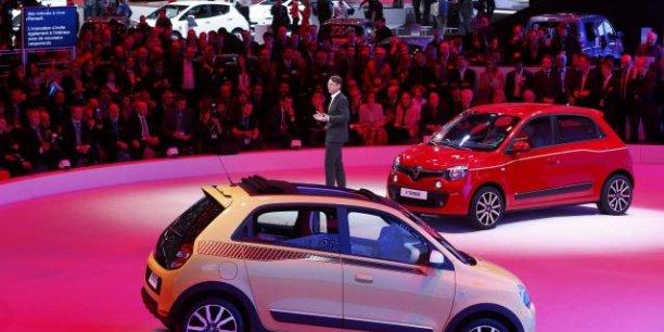 Présentation des Renault Twingo III  lors du salon de Genève. / Reuters