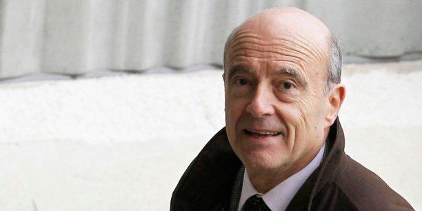 Dans un sondage Ipsos-Le Point publié lundi 25 août, Alain Juppé est en tête du palmarès de popularité avec 55% d'avis favorables.