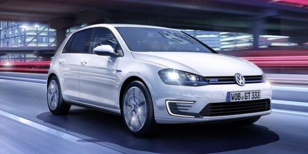 La VW Golf GTe hybride rechargeable sera commercialisée en septembre 2014 en France. / DR